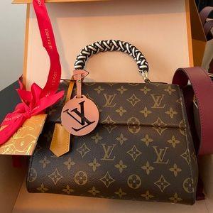 Louis Vuitton Cluny BB MNG Braid Creme
